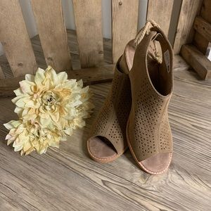 TOMs open toe cork heeled sandals with tie back